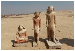 Statues found in the sarcophagi, Abusir, (c) (c) Miroslav Bárta